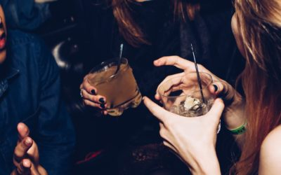 How to understand alcohol and your menstrual cycle